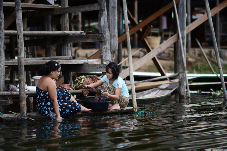 birmanie, voyage, photo, lac inle, lac, portrait, lessive