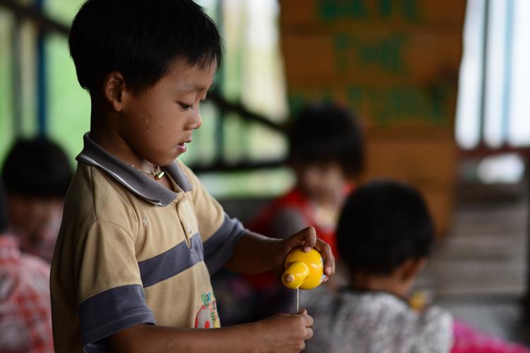 birmanie, voyage, photo, lac inle, lac, portrait, enfant