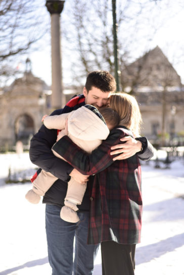 photographe famille, famille lifestyle, séance famille, séance lifestyle, neige, paris, photographe paris, photographe lifestyle, reportage, naturel,
